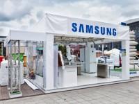 Fehér Samsung kínáló sátor